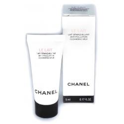Chanel Le Lait